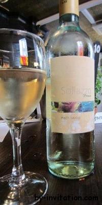 Sollazzo Premio Pinot Grigio 2011