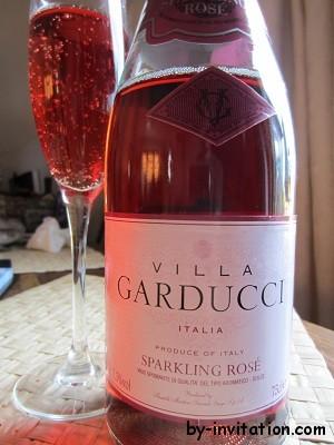 Villa Garducci Sparkling Rose