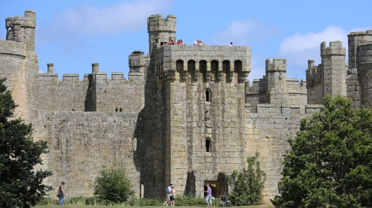 Bodiam Castle And Battle Abbey – In 1066 Country