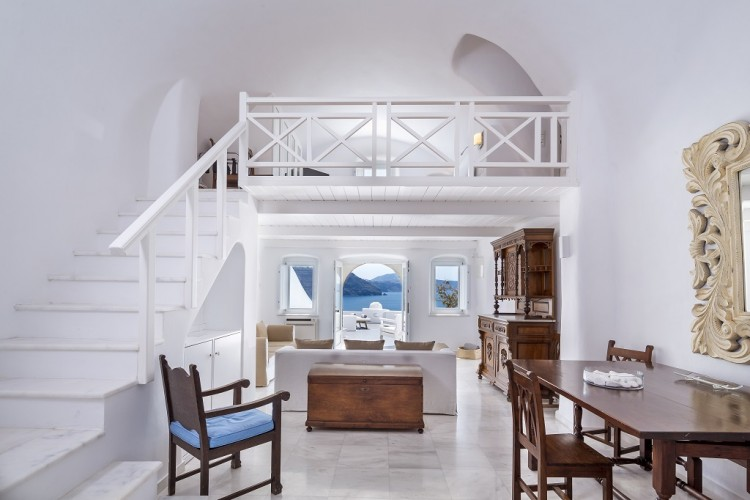 Canaves Oia Room
